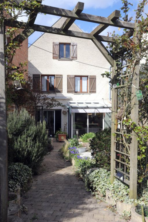 Maison à vendre 9 240m2 à Laon vignette-12