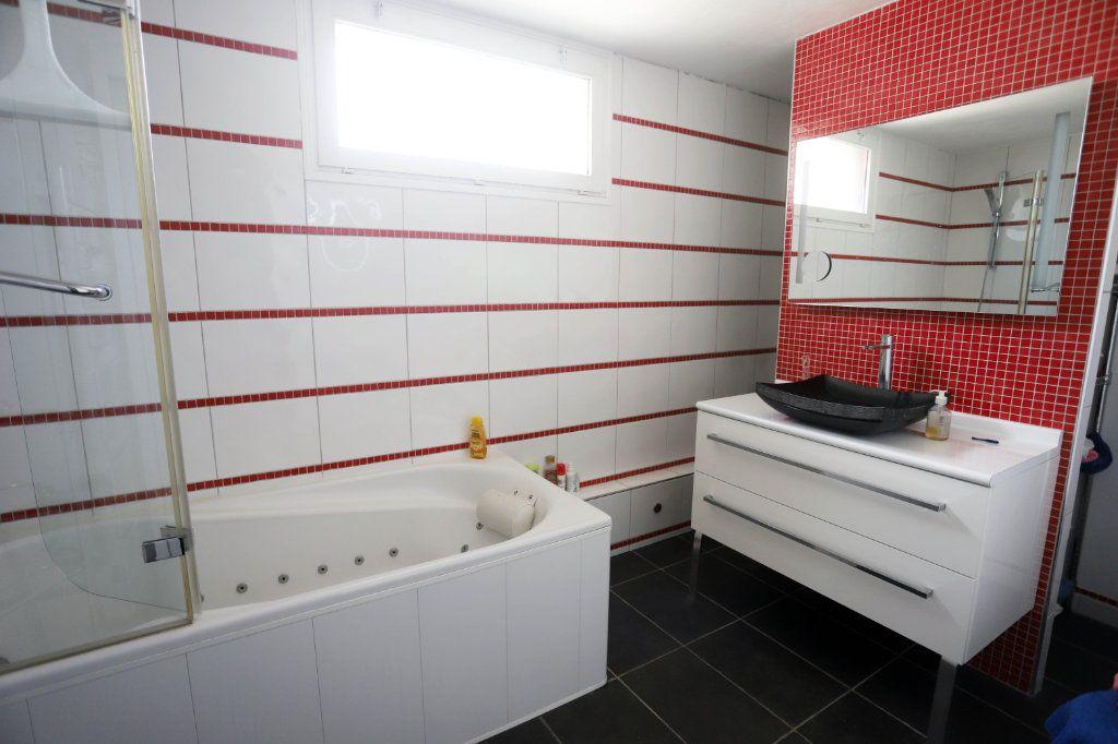 Maison à vendre 9 240m2 à Laon vignette-13