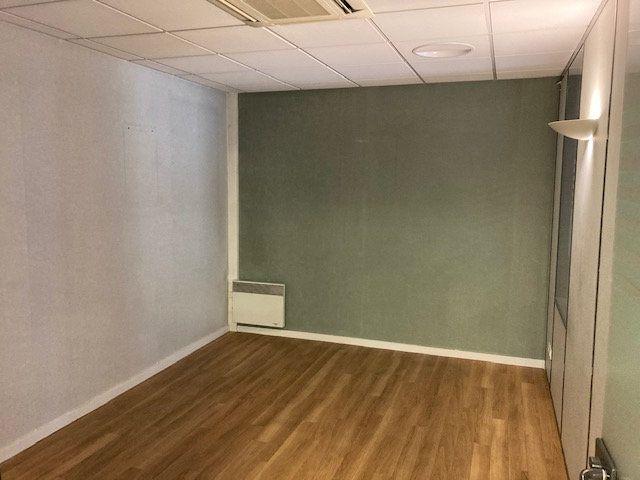 Immeuble à vendre 0 180m2 à Laon vignette-6