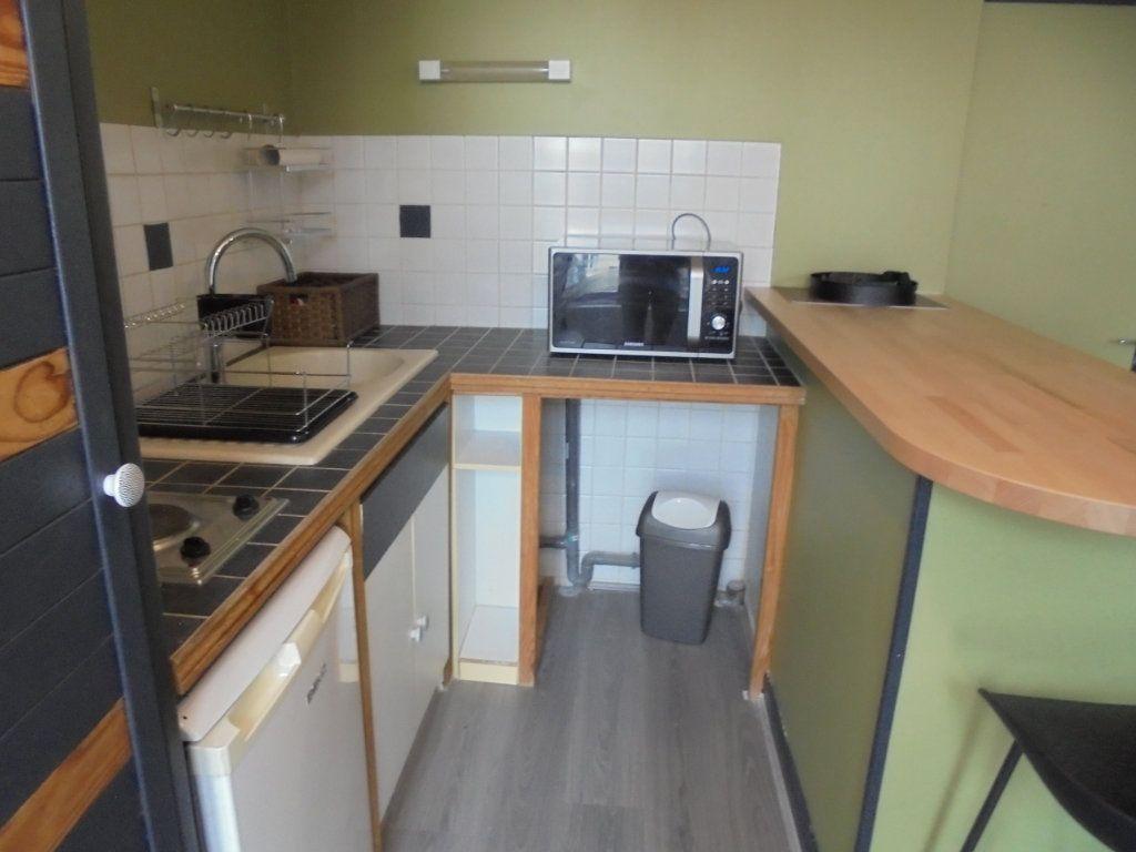 Appartement à louer 1 24.05m2 à Laon vignette-2