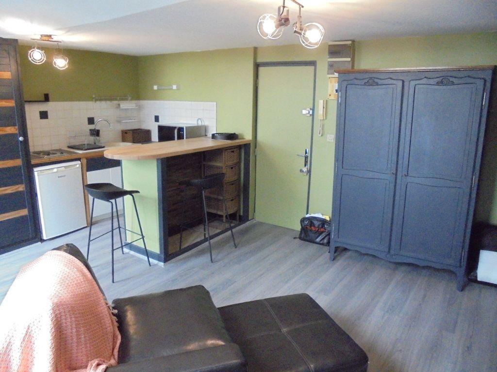 Appartement à louer 1 24.05m2 à Laon vignette-4