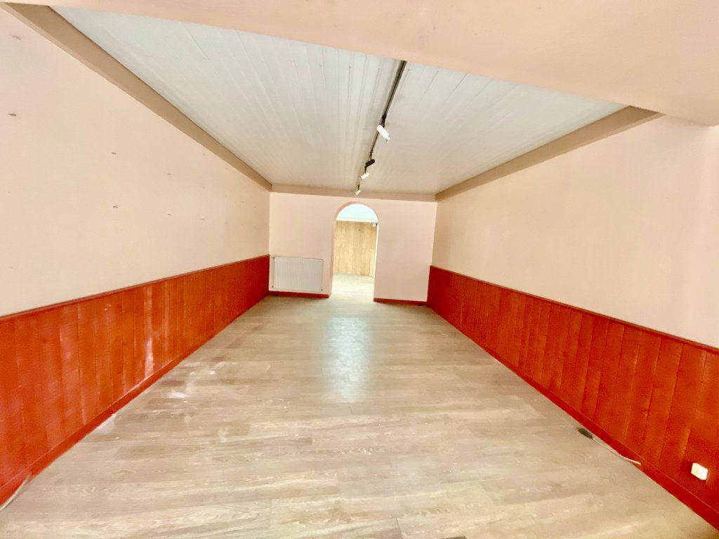 Immeuble à vendre 0 135m2 à Laon vignette-1