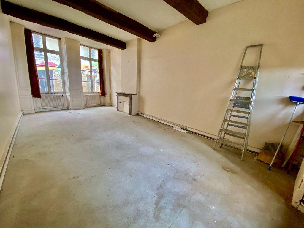 Immeuble à vendre 0 135m2 à Laon vignette-4