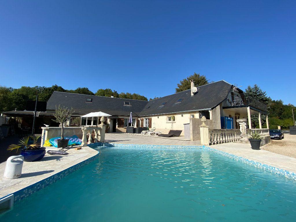 Maison à vendre 12 340m2 à Royaucourt-et-Chailvet vignette-2