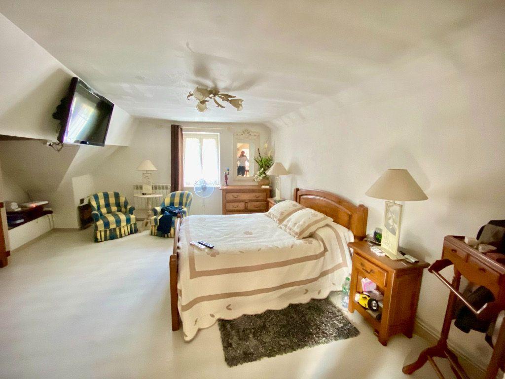 Maison à vendre 12 340m2 à Royaucourt-et-Chailvet vignette-10