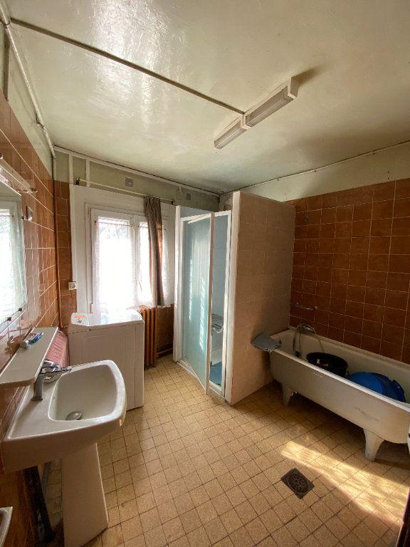 Maison à vendre 9 215m2 à Crépy vignette-14