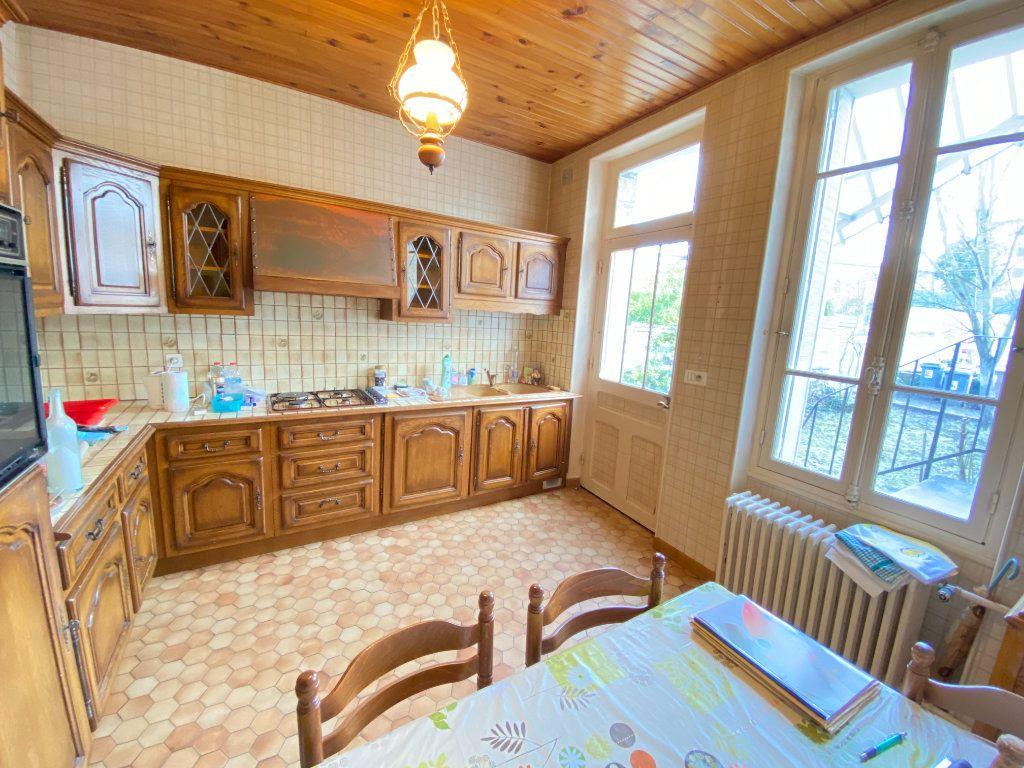 Maison à vendre 6 125m2 à Laon vignette-5