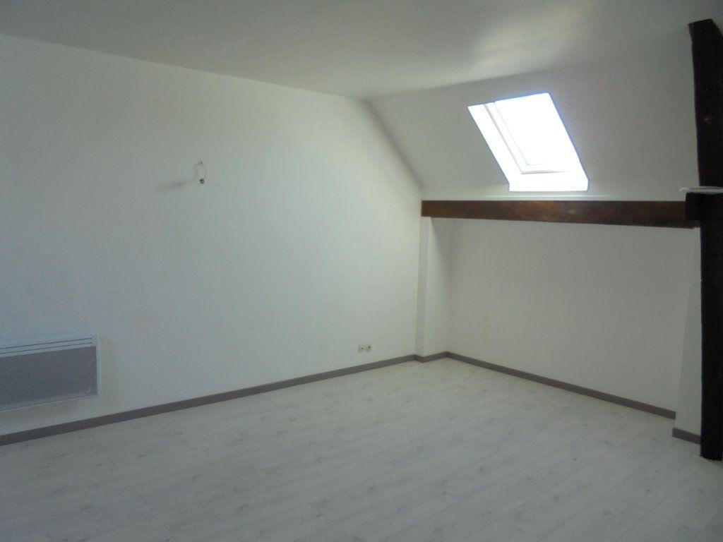 Appartement à louer 2 50m2 à Vailly-sur-Aisne vignette-2