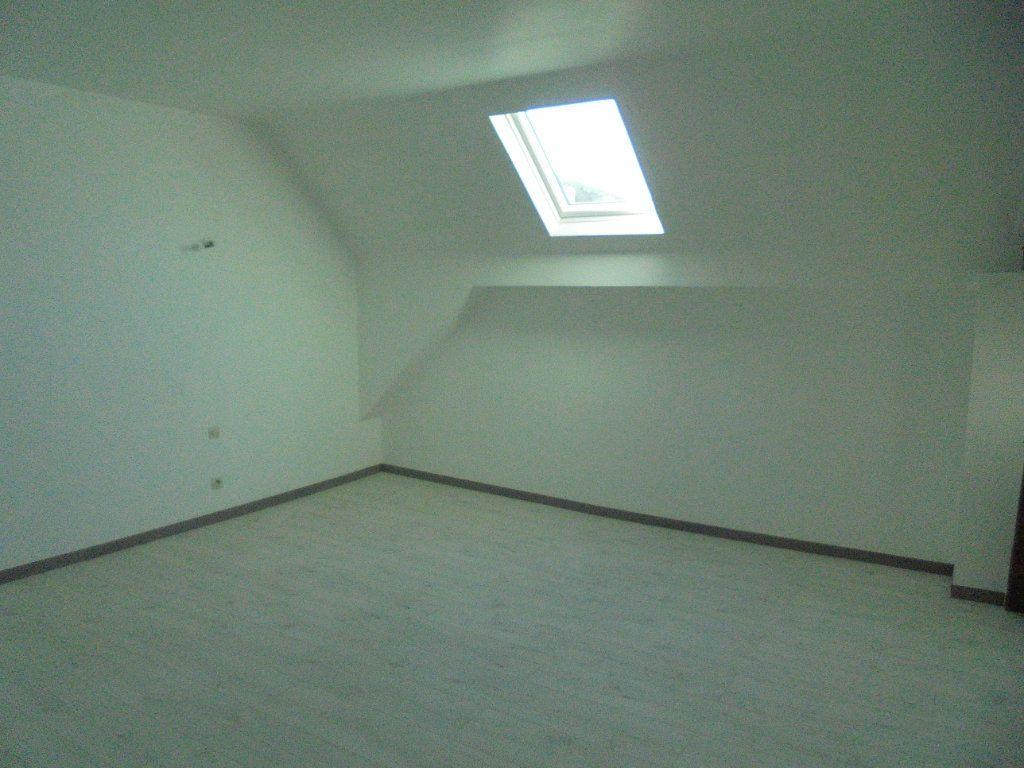 Appartement à louer 2 50m2 à Vailly-sur-Aisne vignette-3