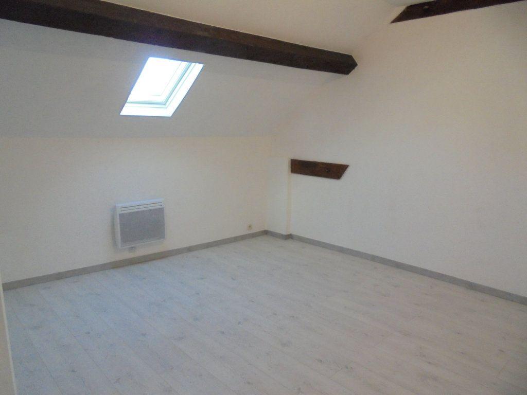 Appartement à louer 3 89m2 à Vailly-sur-Aisne vignette-2