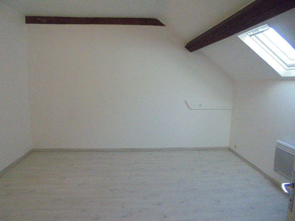 Appartement à louer 3 89m2 à Vailly-sur-Aisne vignette-3