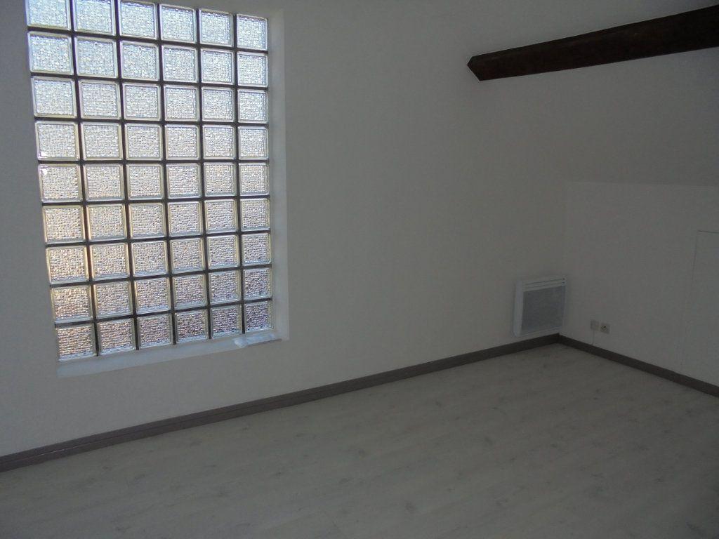 Appartement à louer 3 89m2 à Vailly-sur-Aisne vignette-4