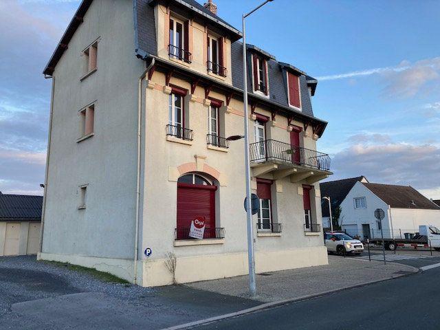 Appartement à louer 2 45m2 à Laon vignette-1