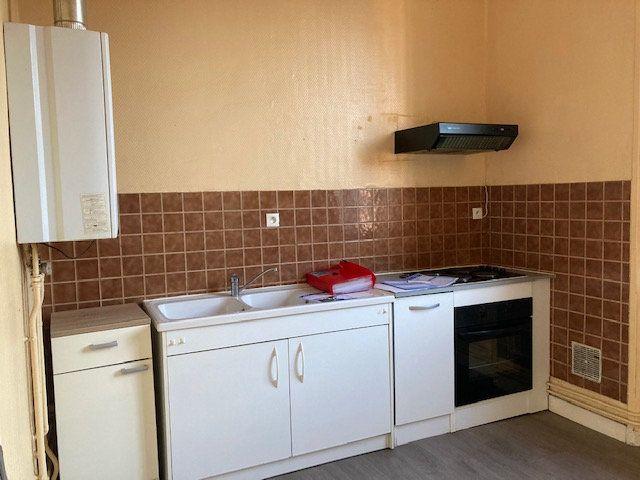 Appartement à louer 2 45m2 à Laon vignette-3