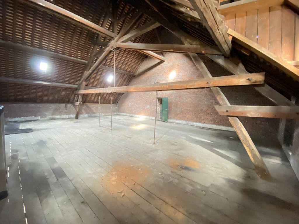 Immeuble à vendre 0 200m2 à Laon vignette-3