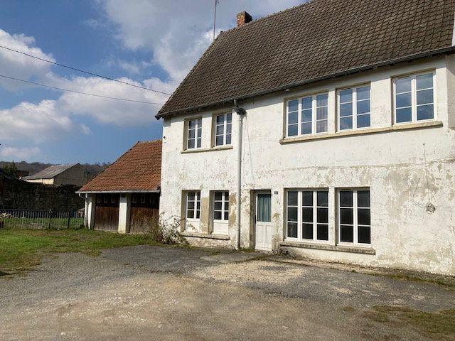 Maison à vendre 6 160m2 à Mauregny-en-Haye vignette-1