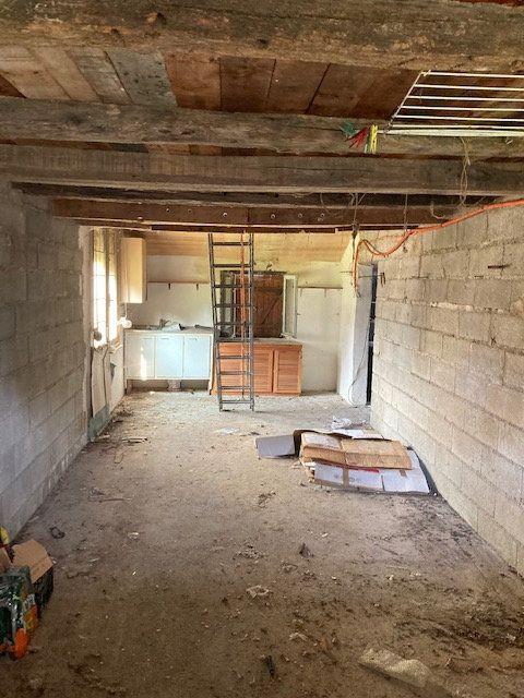 Maison à vendre 6 160m2 à Mauregny-en-Haye vignette-5