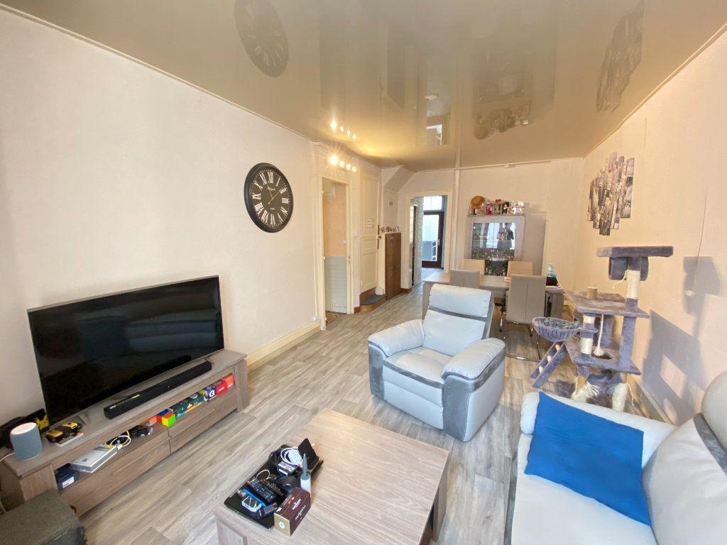 Maison à vendre 3 105m2 à Marle vignette-2