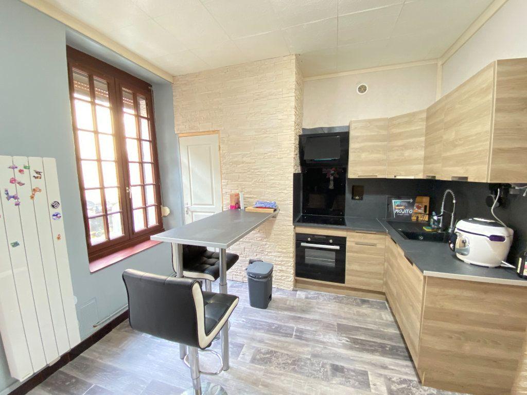 Maison à vendre 3 105m2 à Marle vignette-4