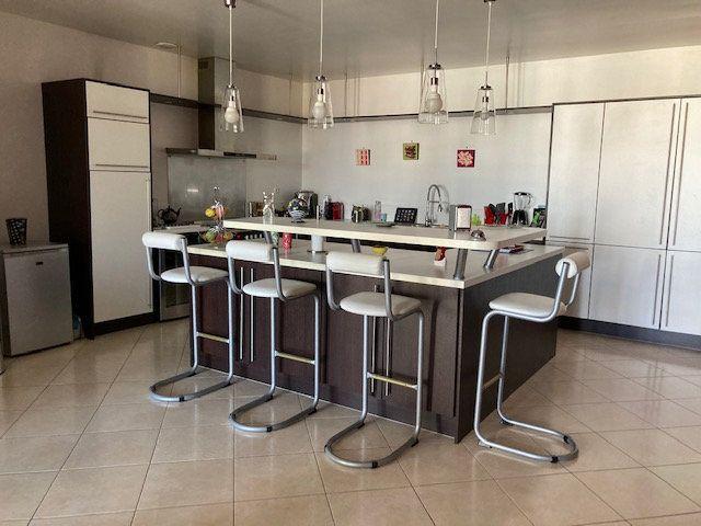 Appartement à vendre 5 138m2 à Laon vignette-5