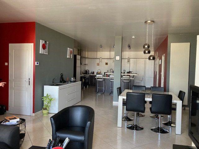 Appartement à vendre 5 138m2 à Laon vignette-6