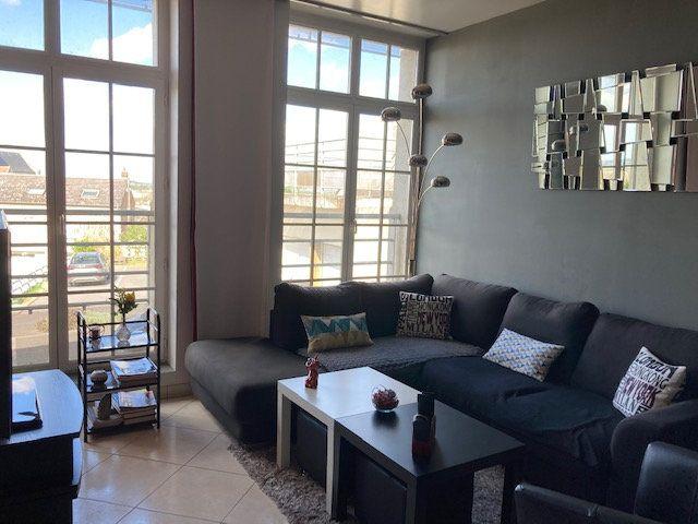 Appartement à vendre 5 138m2 à Laon vignette-9