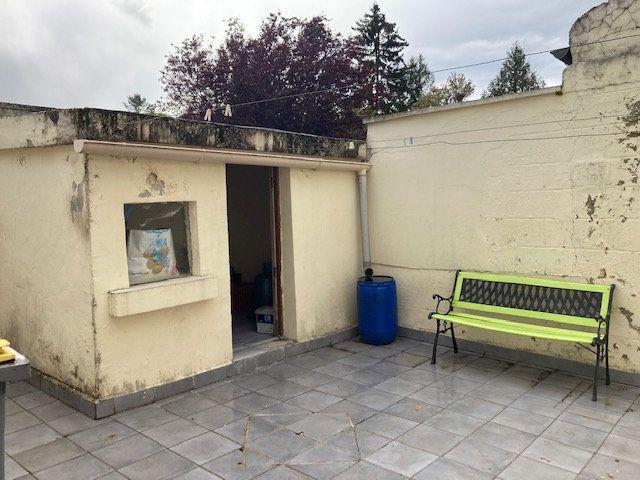 Maison à vendre 4 105m2 à Laon vignette-5