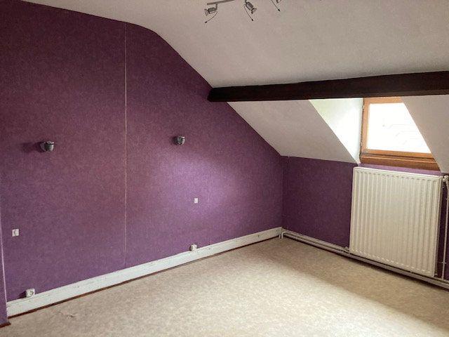 Maison à vendre 4 105m2 à Laon vignette-8