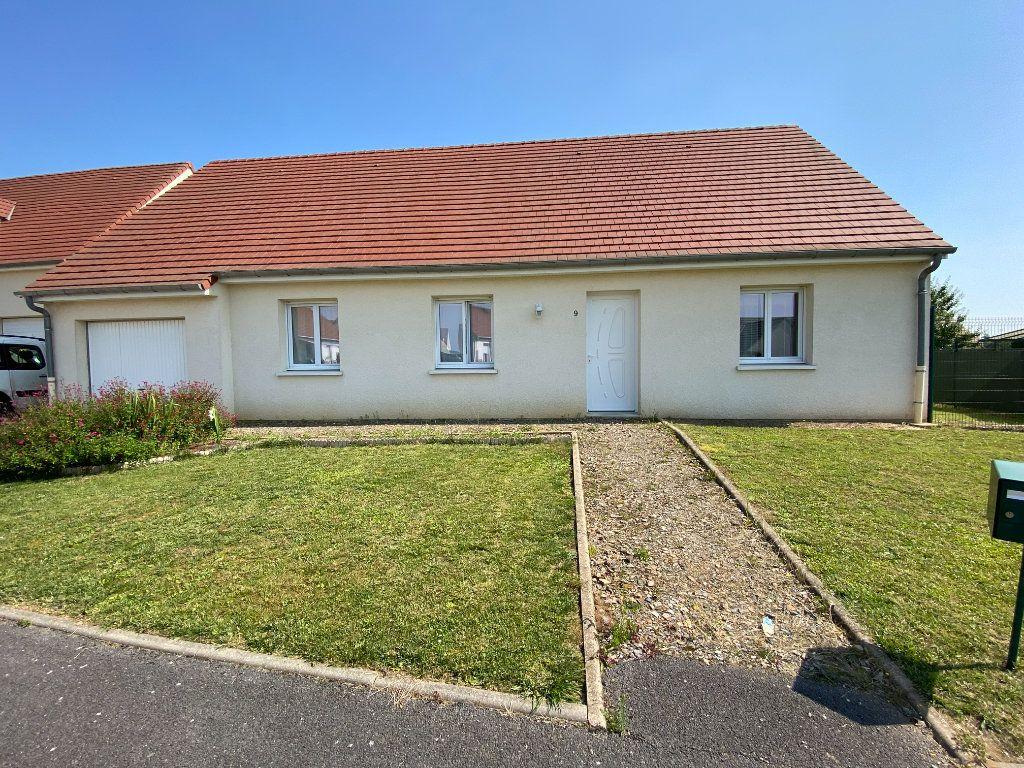 Maison à vendre 4 98m2 à Aulnois-sous-Laon vignette-1