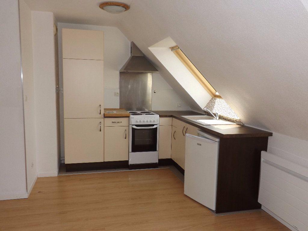 Appartement à louer 2 30.55m2 à Berck vignette-2