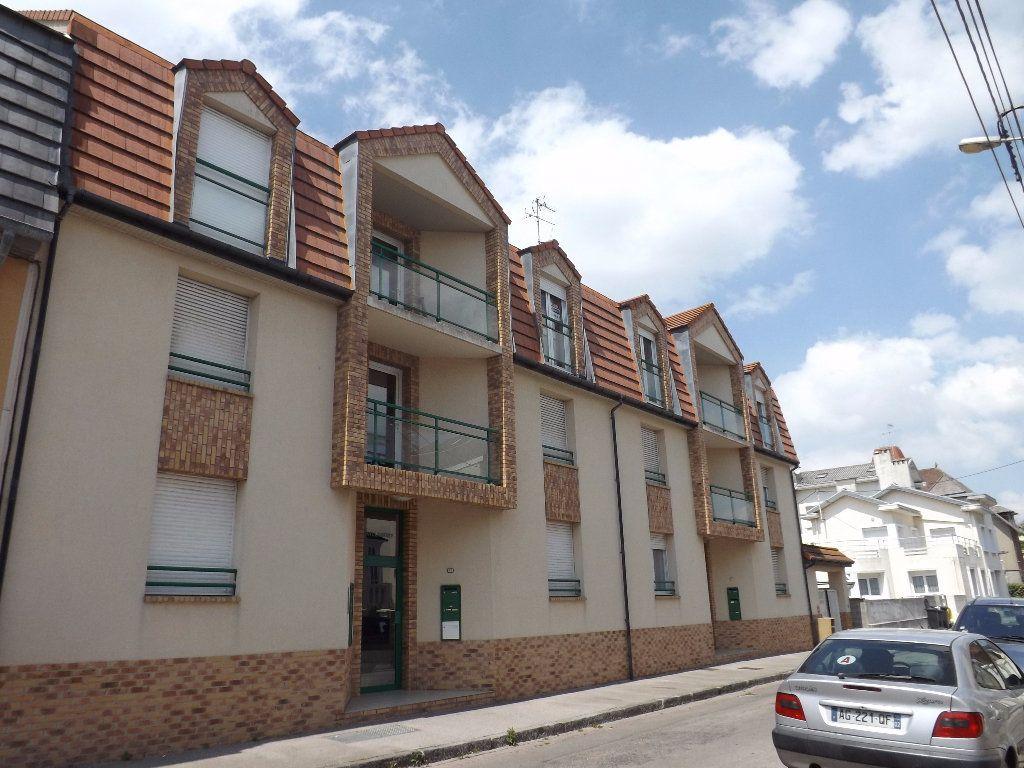 Appartement à louer 2 30.55m2 à Berck vignette-4