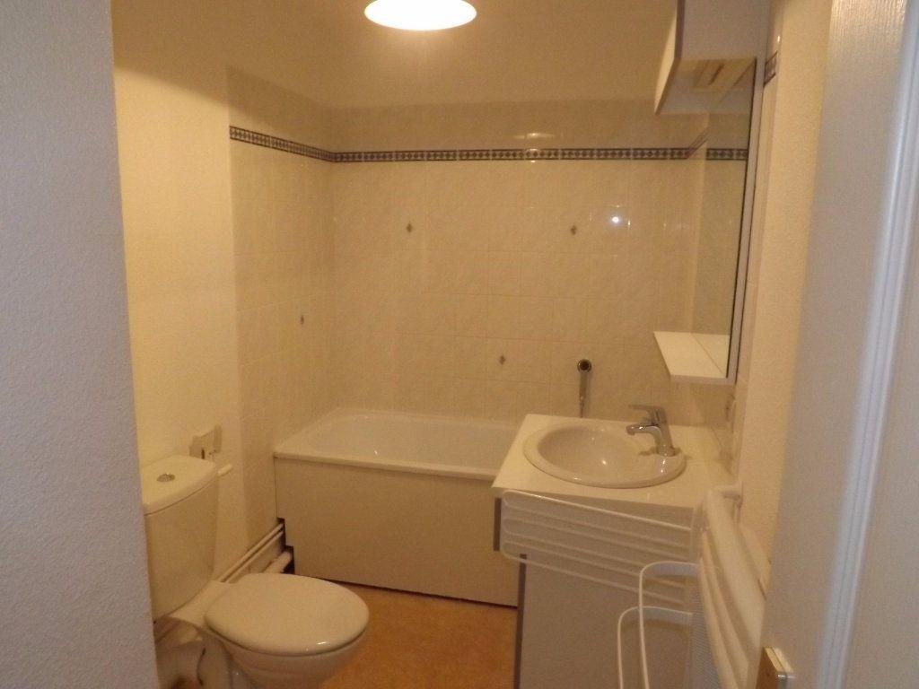 Appartement à louer 2 30.55m2 à Berck vignette-5