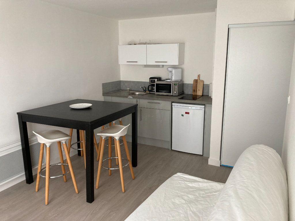 Appartement à louer 2 30.68m2 à Berck vignette-1