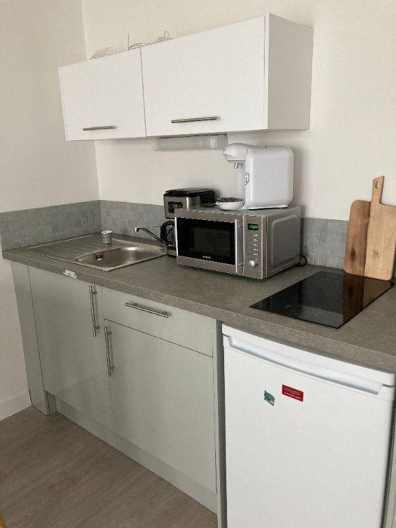Appartement à louer 2 30.68m2 à Berck vignette-2
