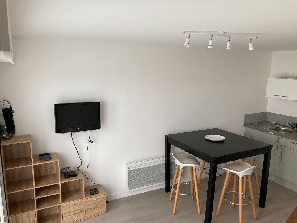 Appartement à louer 2 30.68m2 à Berck vignette-3