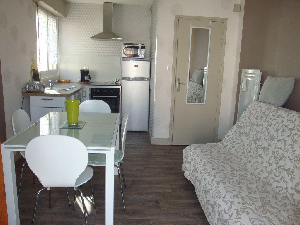 Appartement à louer 2 29.38m2 à Berck vignette-2