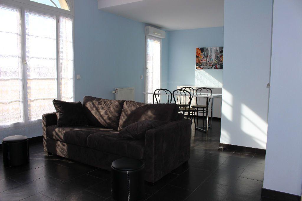 Appartement à louer 2 51.31m2 à Bussy-Saint-Georges vignette-1