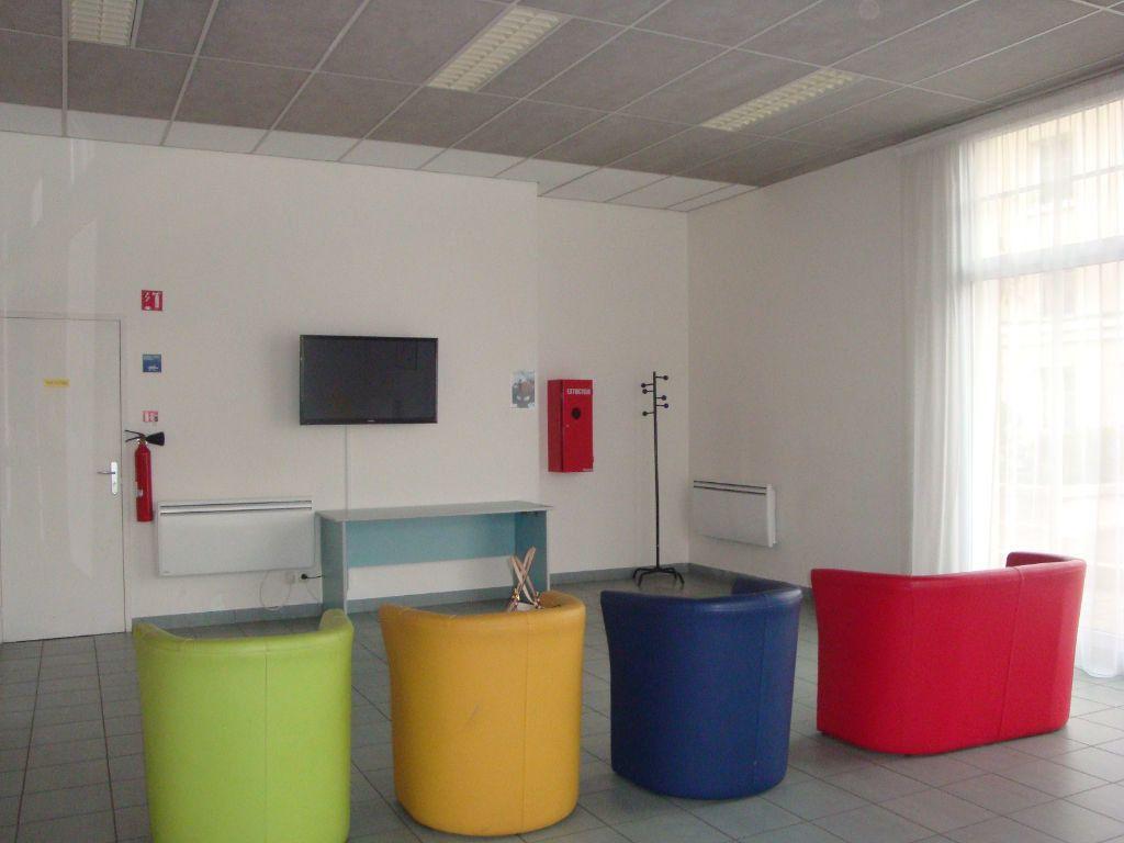 Appartement à louer 1 19m2 à Bussy-Saint-Georges vignette-5