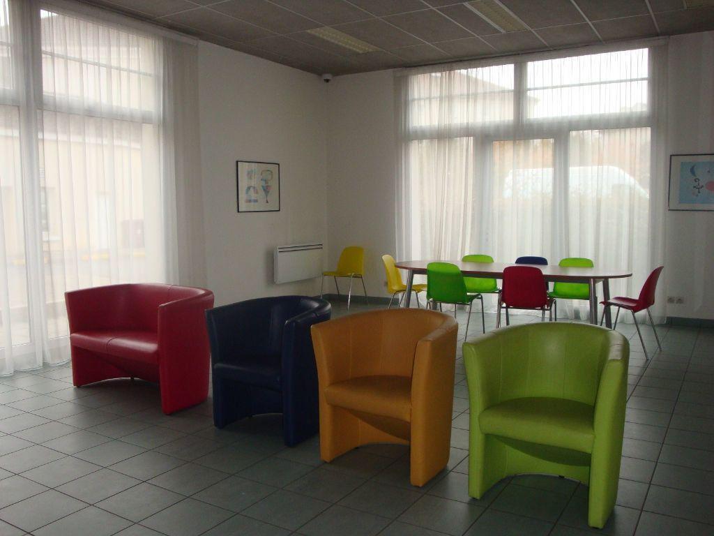 Appartement à louer 1 19m2 à Bussy-Saint-Georges vignette-6