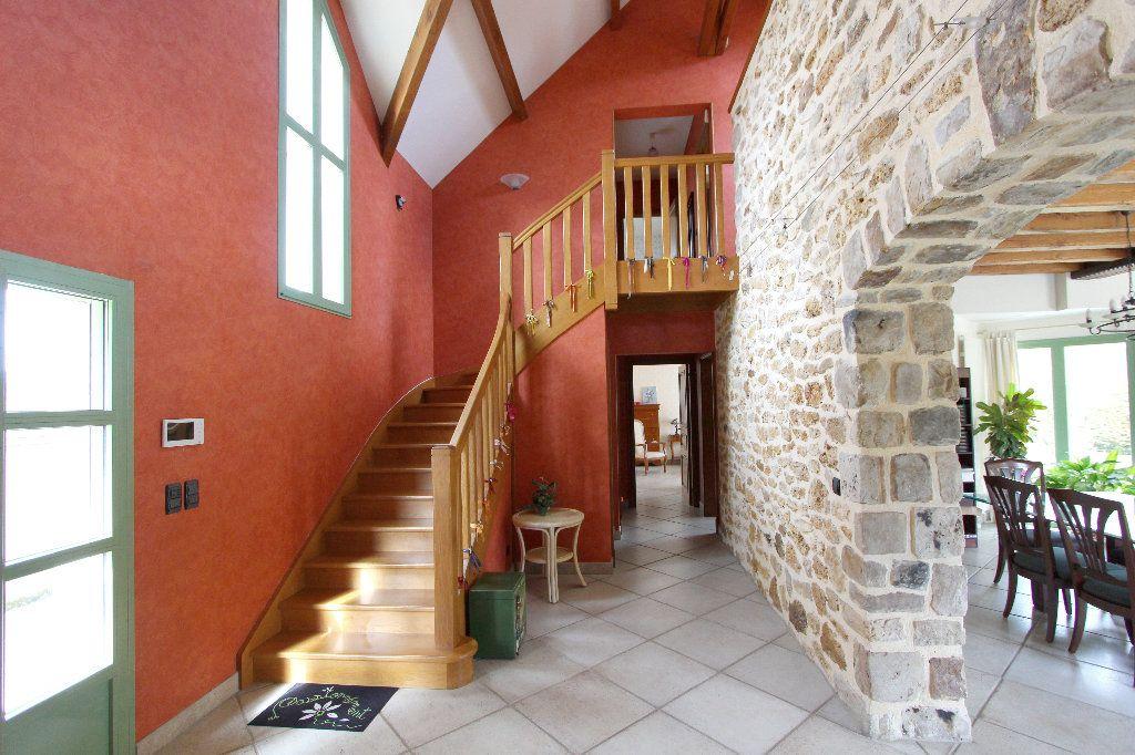 Maison à vendre 8 240m2 à Favières vignette-3