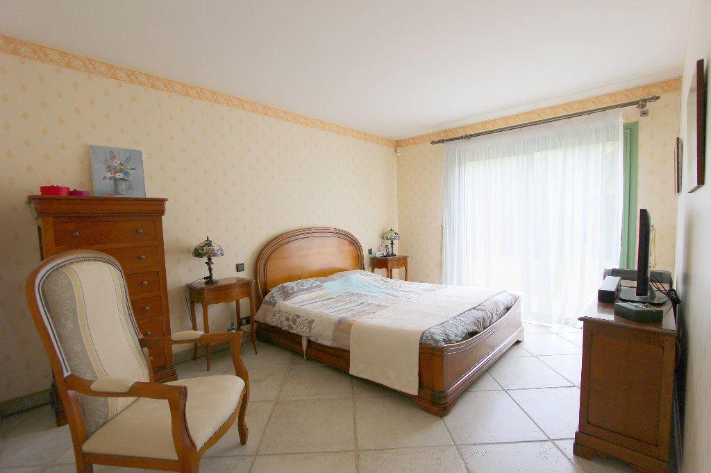 Maison à vendre 8 240m2 à Favières vignette-5