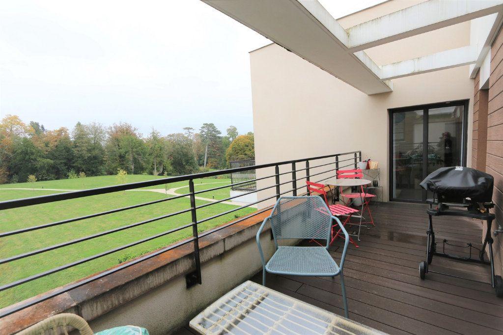 Appartement à vendre 4 86.4m2 à Ferrières-en-Brie vignette-3