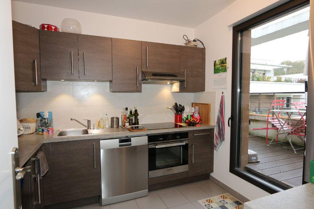 Appartement à vendre 4 86.4m2 à Ferrières-en-Brie vignette-4