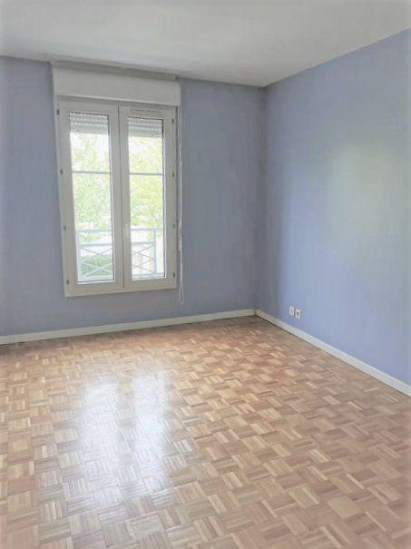 Appartement à louer 4 85.26m2 à Bussy-Saint-Georges vignette-4