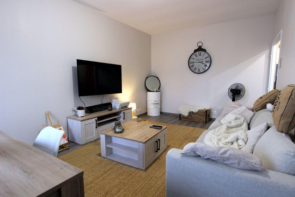 Appartement à vendre 4 71.17m2 à Villeparisis vignette-1