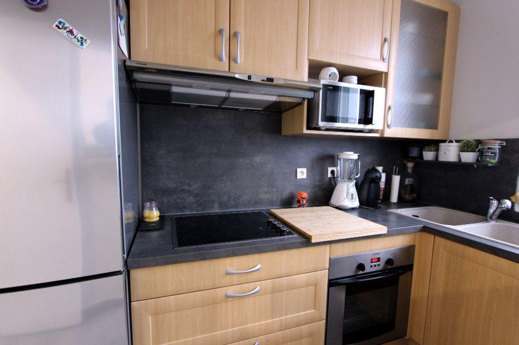 Appartement à vendre 4 71.17m2 à Villeparisis vignette-4