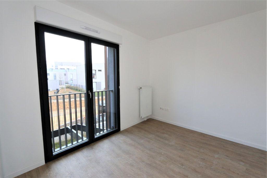 Appartement à vendre 3 63.5m2 à Bussy-Saint-Georges vignette-3