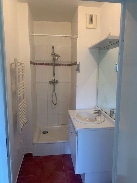 Appartement à louer 1 22.98m2 à Magny-le-Hongre vignette-7