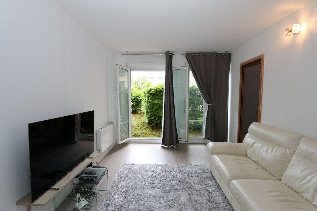 Appartement à vendre 1 29.53m2 à Bussy-Saint-Georges vignette-2