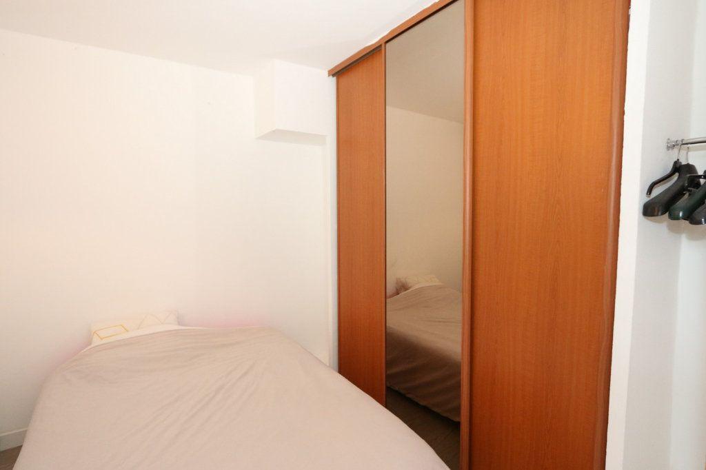 Appartement à vendre 1 29.53m2 à Bussy-Saint-Georges vignette-4
